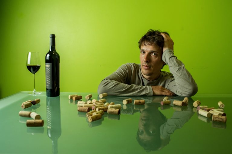 Сергей Курлович, винный сервис Invisible. Фотограф Арсений Несходимов